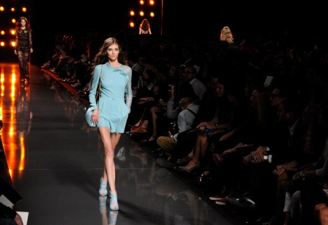 Elie Saab SS15 by  © Rocío Pastor Eugenio.  ® WOMANWORDElie Saab SS15 by  © Rocío Pastor Eugenio.  ® WOMANWORD
