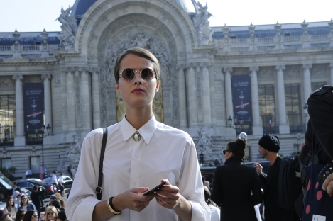 Main Door of Chanel by  © Rocío Pastor Eugenio.  ® WOMANWORD